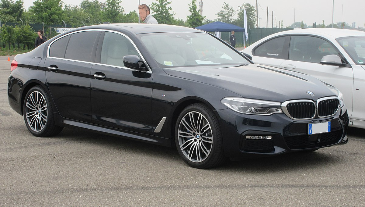 1200px-BMW-G30.JPG