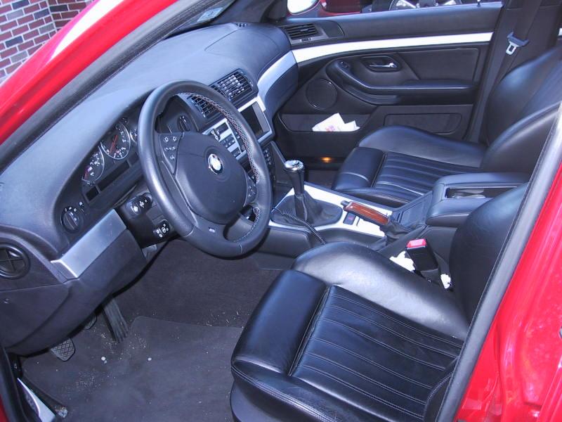 2000-E39-M5-Interior.jpg
