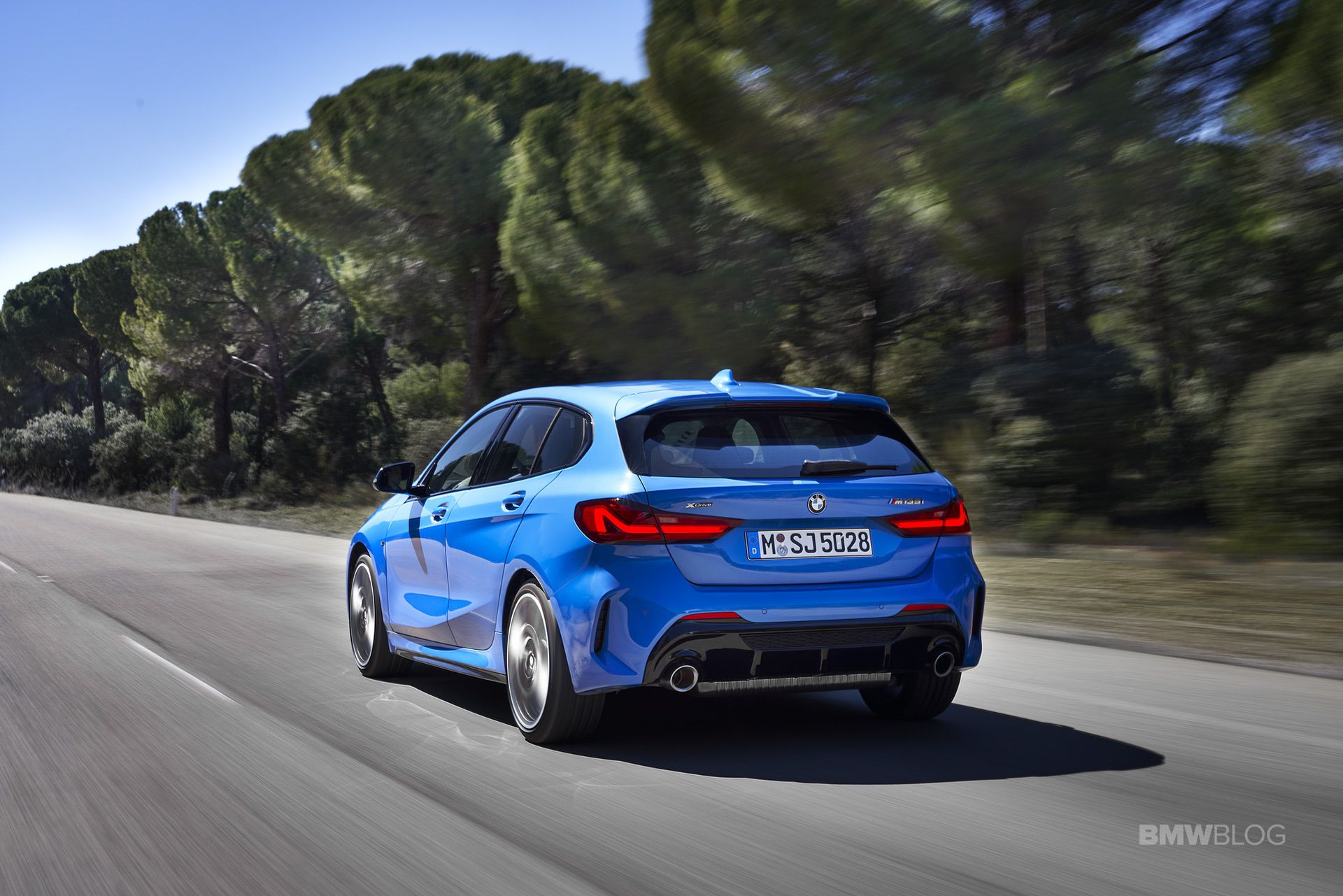 2020-BMW-M135i-xDrive-Misano-Blue-05.jpg
