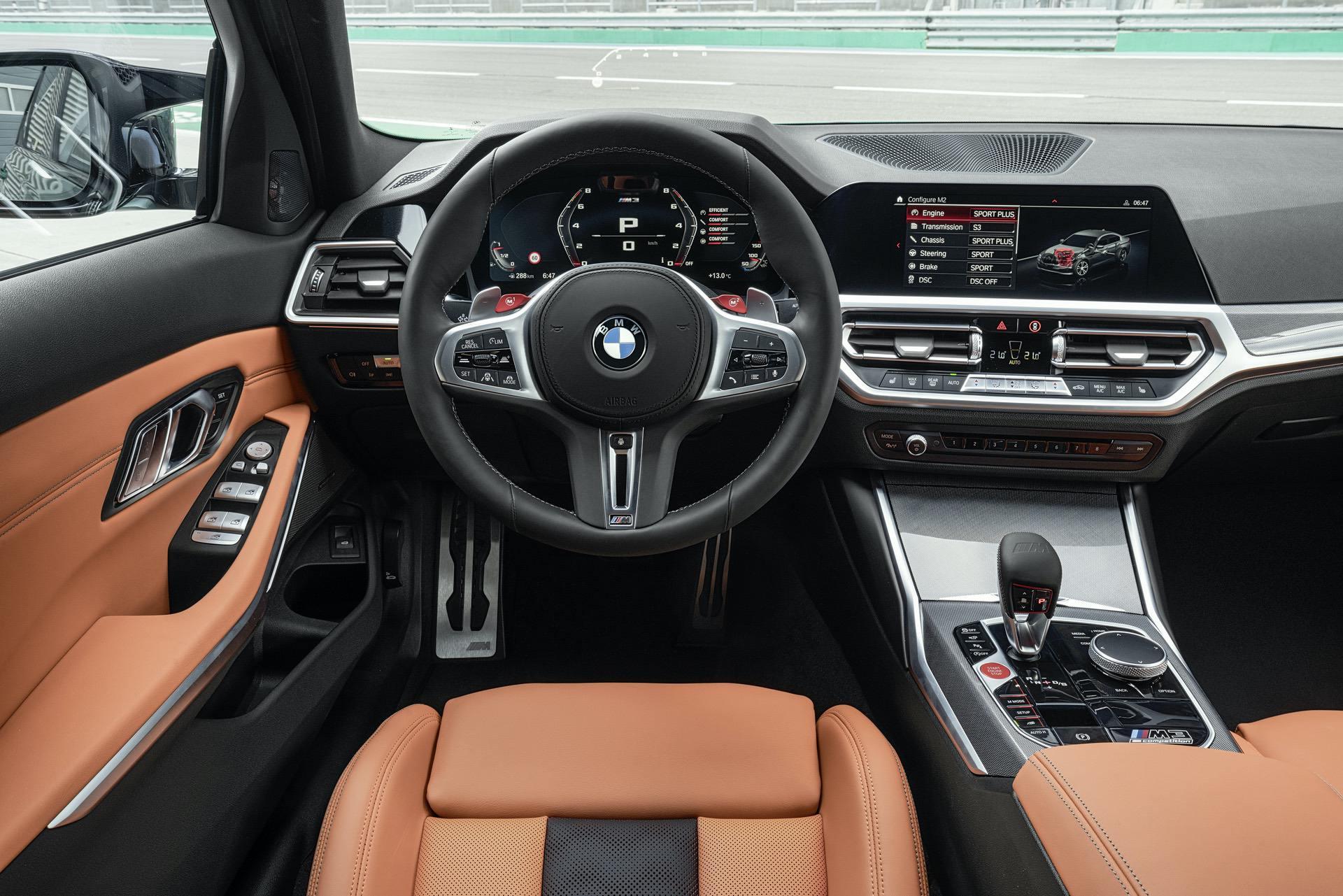 2021-bmw-m3-competition-interior-00.jpg