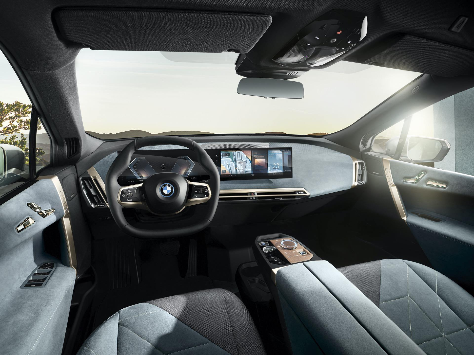 2022-bmw-ix-interior-12.jpg