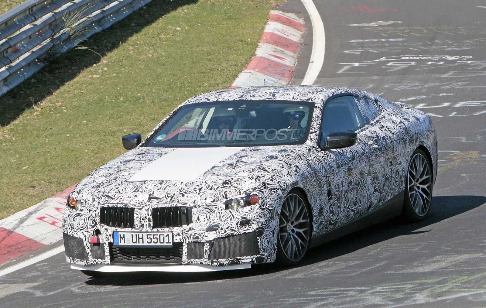 BMW 8-Series 3.jpg