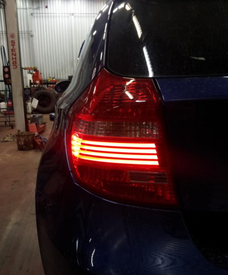 BMW_E87_E81_LED.jpg
