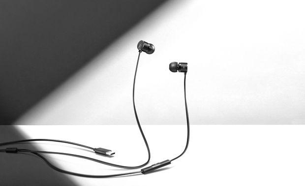 oneplus-type-c-earphones-2-better-contrast.jpg